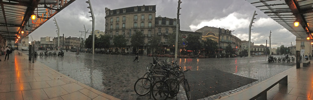 Bordeaux in the rain & wind