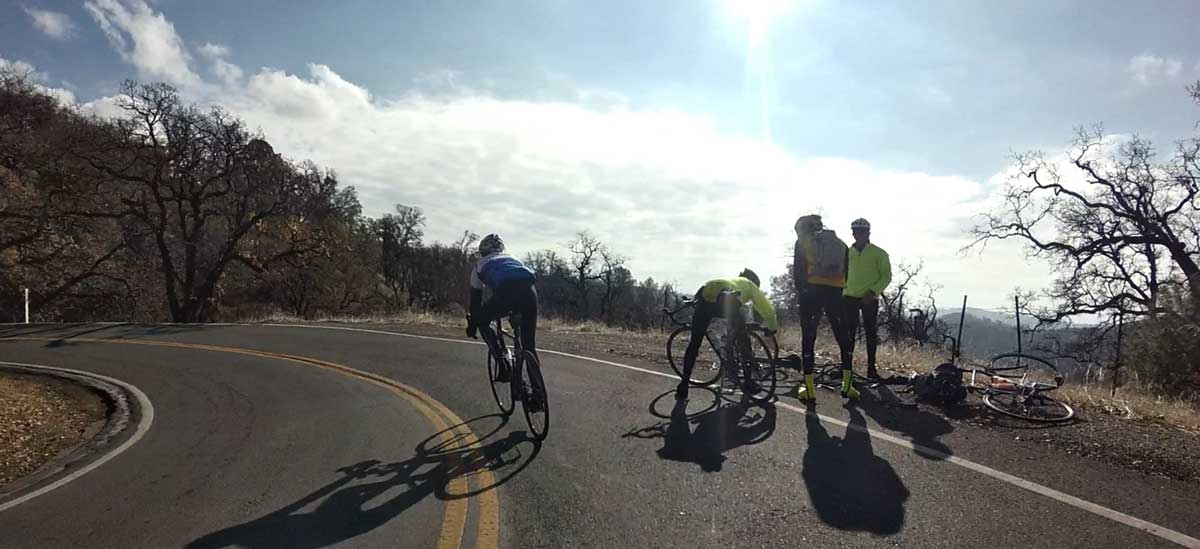 So how many guys does it take to fix a flat? Came across this group on the descent; asked if they had what they needed and they were willing to admit they'd spent 40 minutes damaging two or three tubes...