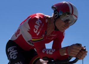 The ultimate selfie! Check out the reflection in Greipel's lenses. That's Kevin on the ground, taking the photo.