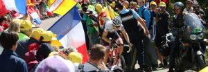 Trek's Bauke Mollema blasting up Ventoux, moving into 3rd place.